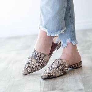 ⚡️SNAKE STUDDED MULES- SHOES